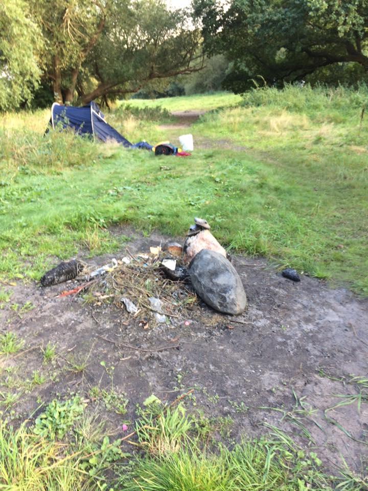 Bart van Schagen - Als iemand een paar sinner slippers kwijt is , dan liggen ze op een paar stenen bij een kampvuur plaats waar vannacht de tenten stonden opgezet
